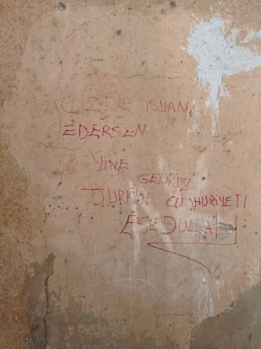 Cizre'de duvarlar  (fotoğraf: Halime Aktürk / imc tv)