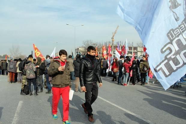 Selma Kara'nın görüntüleriyle Ali İsmail Korkmaz Davası:  Eskişehirde Gezi direnişi sırasında dövülerek öldürülen Ali İsmail Korkmaz davasının bugün görülen yedinci duruşmasında karar açıklandı.