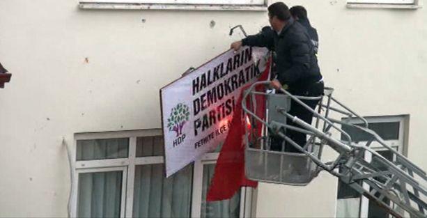 HDP'ye saldıran 118 kişi hakkında 5 yıla kadar hapis istemi