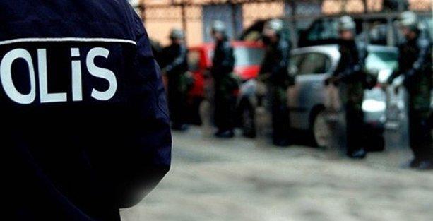 14 polise gözaltı