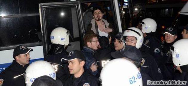 Direnen üniversite öğrencilerine hapis cezası