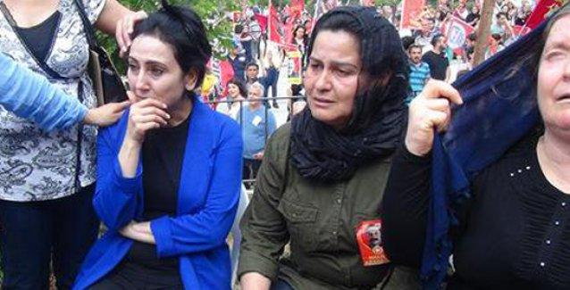Halil Aksakal'ın cenazesinde gözyaşlarını tutamayan Yüksekdağ: Mücadelesi mücadelemizdir