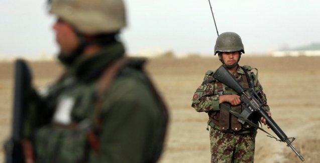 Afganistan'da ABD üssü yakınında bombalı saldırı: 25 ölü