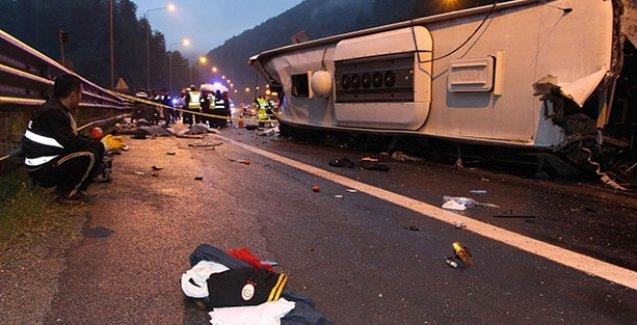 Bolu'da otobüs kazası: Ölü ve yaralılar var