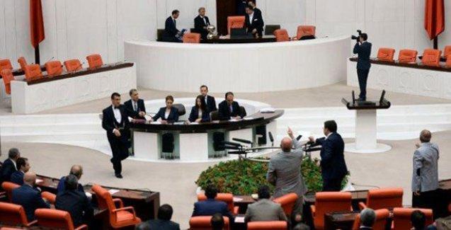 CHP'li Tanal: Allah belanızı versin, meclisi çalıştırmıyorsunuz