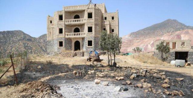 Cudi'deki yangında kül olan Asuri köyünden Karatay: 6 yıldır kurmaya çalıştığımız köyü yok ettiler