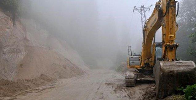 Direniş sonucunda iş makineleri durdu, 'Yeşil Yol' projesine 'ara verildi'