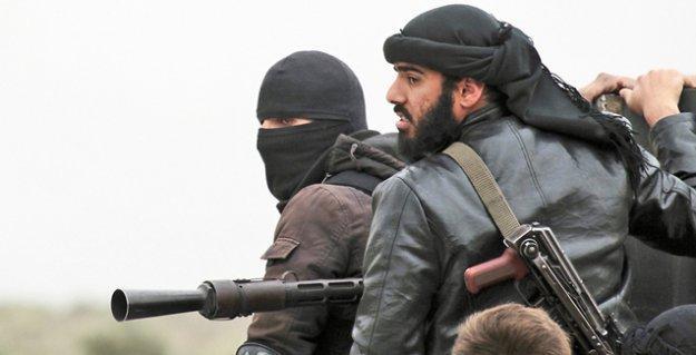 El Nusra İdlib'de Asuri bir din adamını kaçırdı