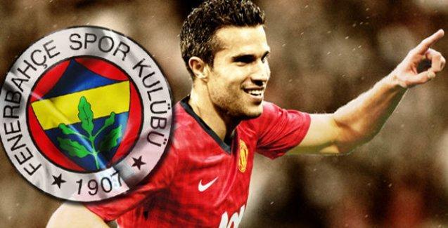 Fenerbahçe, Robin van Persie'yi borsaya bildirdi