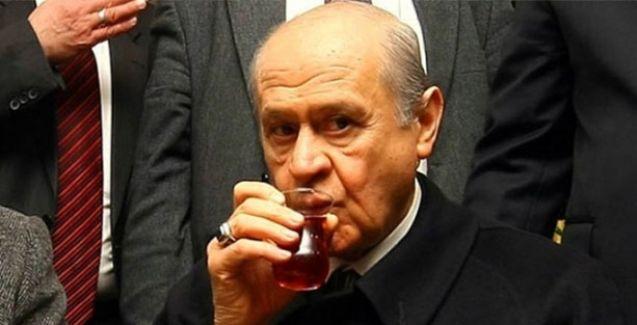 HDP'li Filiz Kerestecioğlu'dan Bahçeli'ye: Al pesküvitlerini çaya batır ye