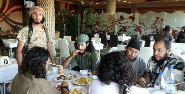 Musullular 'iftardaki yemeklerine zehir katarak' 45 IŞİD'liyi öldürdü