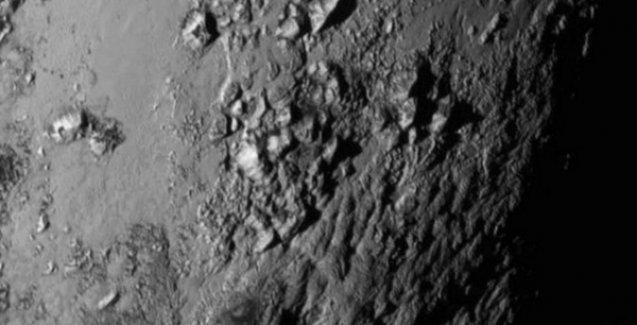 NASA, Plüton'un 'yüksek çözünürlüklü' o tarihi fotoğrafını yayımladı