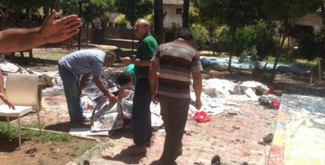 Suruç'taki patlamanın görgü tanığı anlattı: 'Cesetlerin altında kaldık'