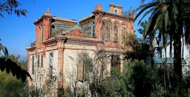 Troçki'nin Büyükada'da kaldığı ev satışa çıkarıldı