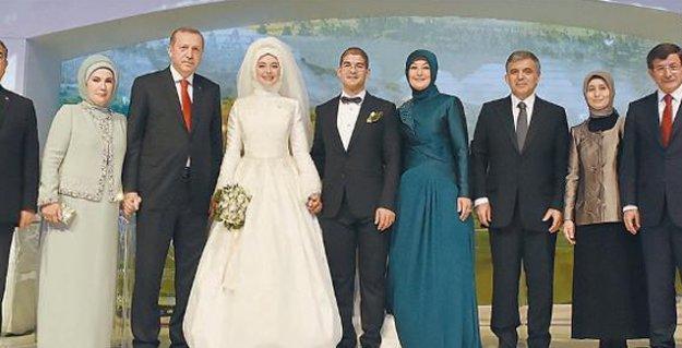 Gül'ün oğlunun düğünü 'gidişatın tablosunu' çizdi: AKP'liler Erdoğan'a mesafeli, Gül'e yakındı