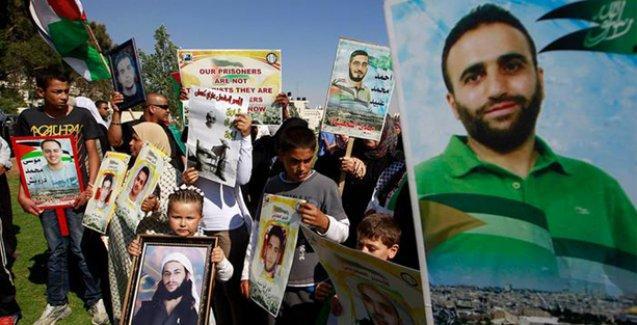 İsrail cezaevlerindeki Filistinli mahkûmlar açlık grevinde