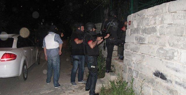 Denizli'de ev baskınları: DİHA muhabiri ve HDP'liler gözaltında