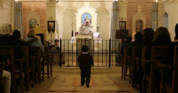 Müslüman çoğunluğun içinde, 100 yıldır Müslüman gibi yaşayan Ermenilerin hikâyesi