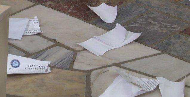 Öğretmen adayları Meclis'te diplomalarını yırttı