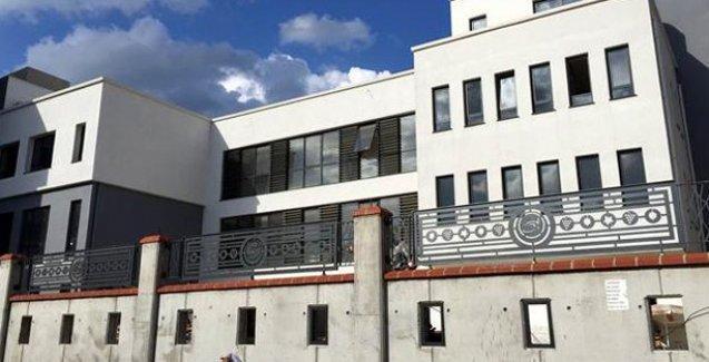 Türkiye Ermenileri yenilenen okuluna kavuşuyor