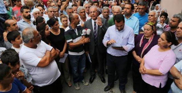 Üsküdar'da Alevilerin evlerinin işaretlenmesi protesto edildi