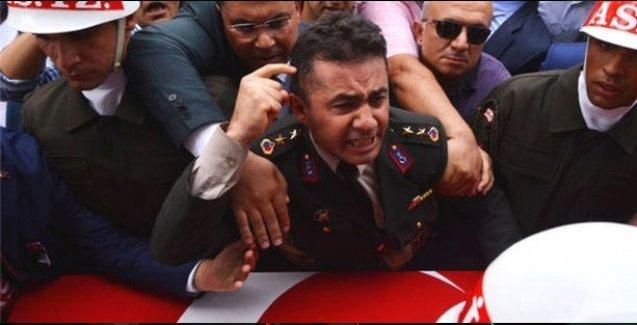 Times: Türk ordusu beklenmedik şekilde Kürt sorununda Erdoğan'ı eleştirdi