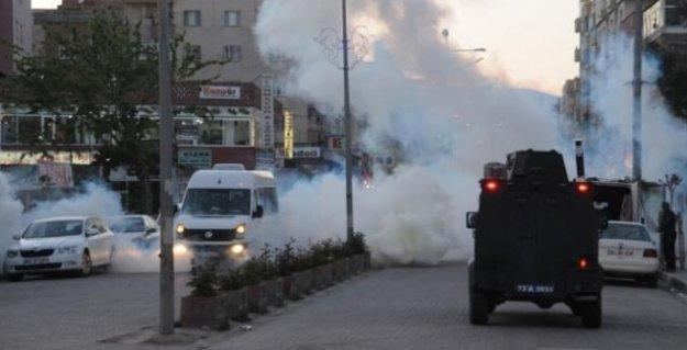 Sur'da çatışma: 5 polis ile 4 asker yaralandı