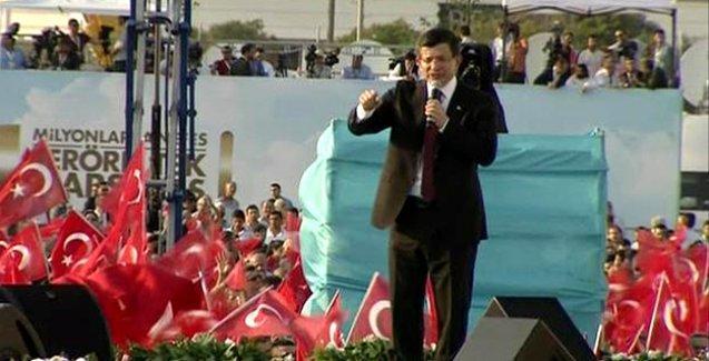 Davutoğlu: Bunları baraj altında bırakın, AKP'yi iktidar yapın