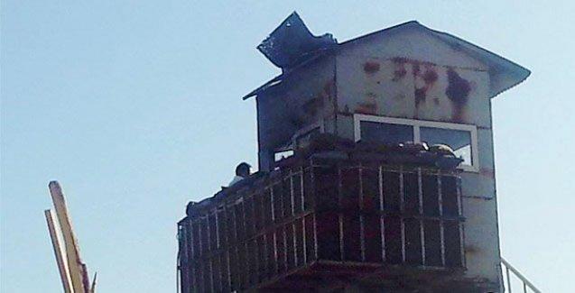Doğubayazıt'ta karakol ve cezaevine saldırı
