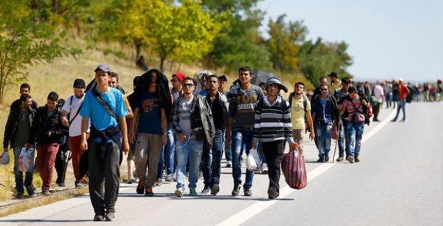 Edirne Valisi'nin 3 gün süre verdiği mülteciler açlık grevinde