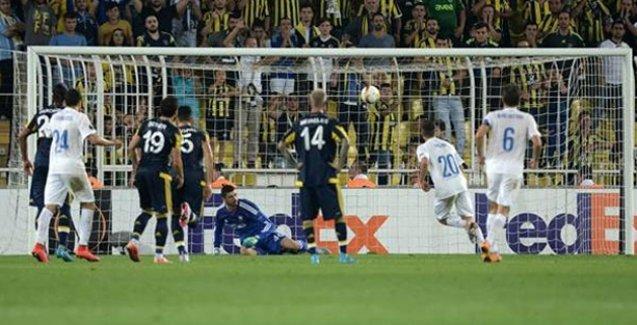 Fenerbahçe mağlubiyetle başladı