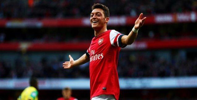 Mesut Özil: Pahalı transferler nedeniyle futbol kontrolünü kaybetme tehlikesiyle karşı karşıya