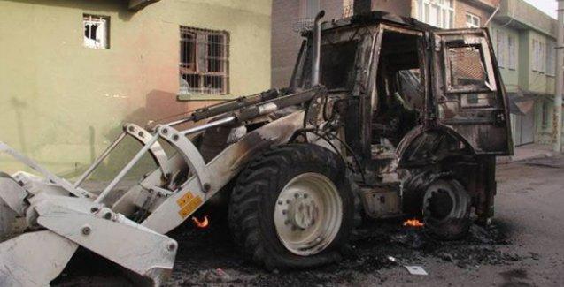 Silvan'da zırhlı kepçeye saldırı: 1 polis hayatını kaybetti