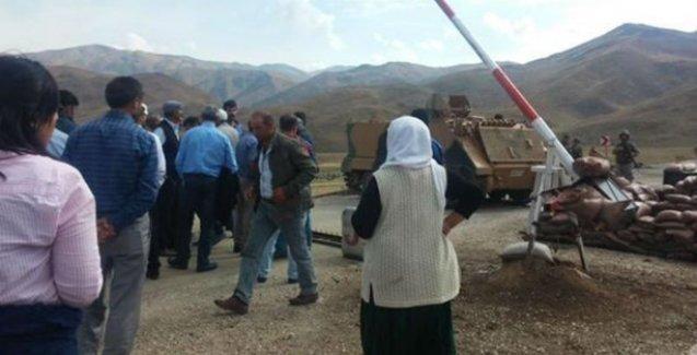 Sivil heyet Dağlıca'daki asker cenazelerini aldı
