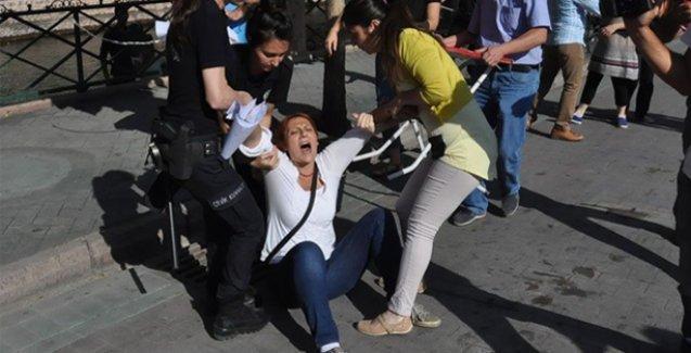 Sürgünü protesto eden öğretmene üç günde üçüncü kez gözaltı
