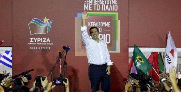 Tsipras, SYRIZA'nın zaferinin ardından konuştu: Avrupa'yı değiştirmek için yola çıkıyoruz