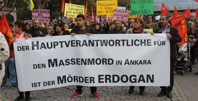 Almanya'da on binler Ankara katliamını protesto etti