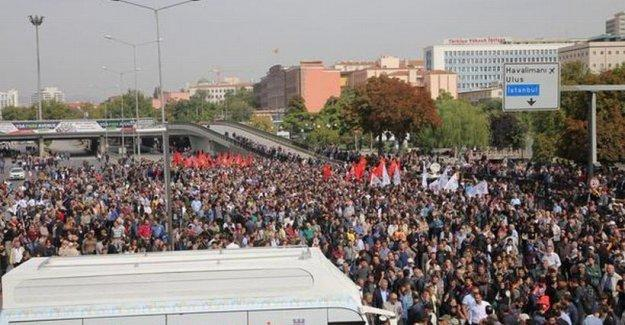 Ankara'da bombalı saldırıda hayatını kaybedenler için anma düzenleniyor