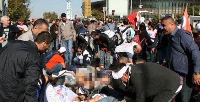 Ankara'da patlama sonrası polisin gaz sıkmasıyla ilgili yeni görüntüler