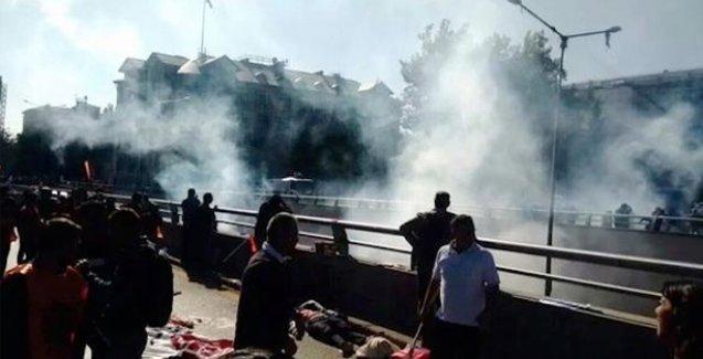 Ankara katliamı sonrası biber gazına suç duyurusu