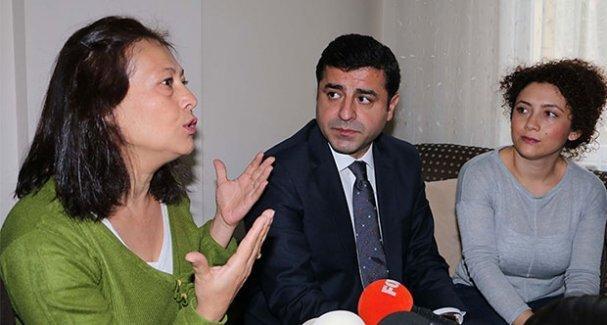 Atanamayan öğretmenin annesinden Demirtaş'a: Dayımız olur musunuz?