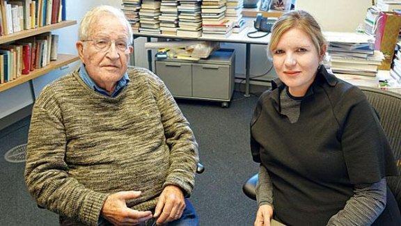 Chomsky: Avrupa ırkçıdır Türk'le aynı sokakta yürümez