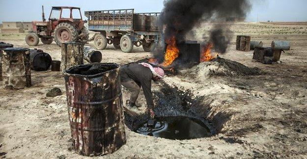 Rusya: IŞİD'in petrol yapılanmasını vurduk