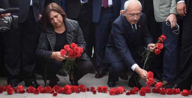 Kılıçdaroğlu ve eşi patlamanın olduğu yere karanfil bıraktı