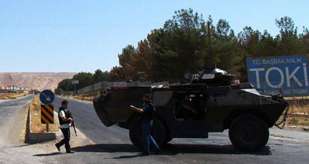 Polis panzeri kamyonetle çarpıştı: 1 polis öldü, 7'si polis 11 kişi yaralandı