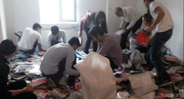 Yakılan kitabevinden kurtarılan kitaplar Diyarbakırlı öğrencilere dağıtıldı