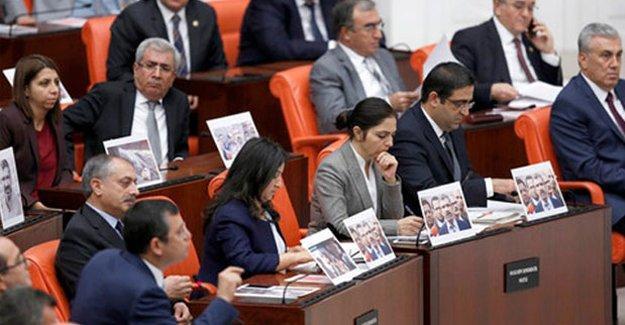 AKP'li vekiller: 'Hedef polisti, saldırı Baro Başkanına değildi'
