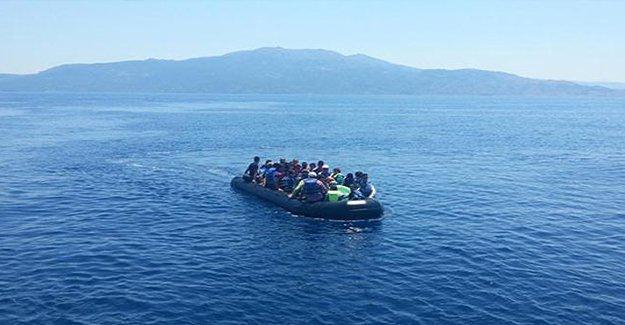 Ayvacık'ta 55 kişinin yer aldığı mülteci botu battı