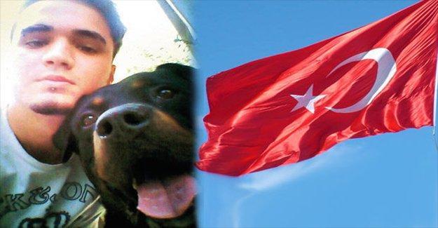 Türk bayrağıyla köpek kurulayan gence 10 ay hapis