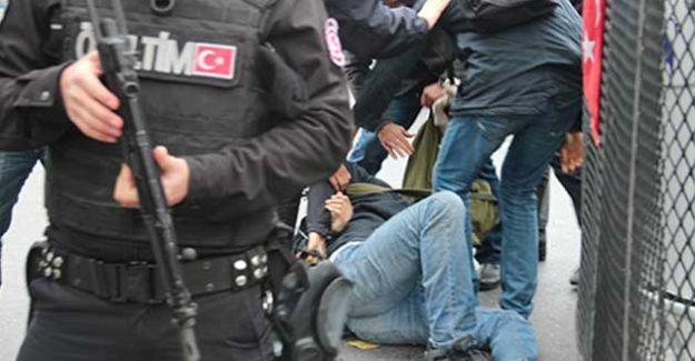 Polisten gazeteciye: 'Artık hiçbir şey eskisi gibi değil, size öğreteceğiz'